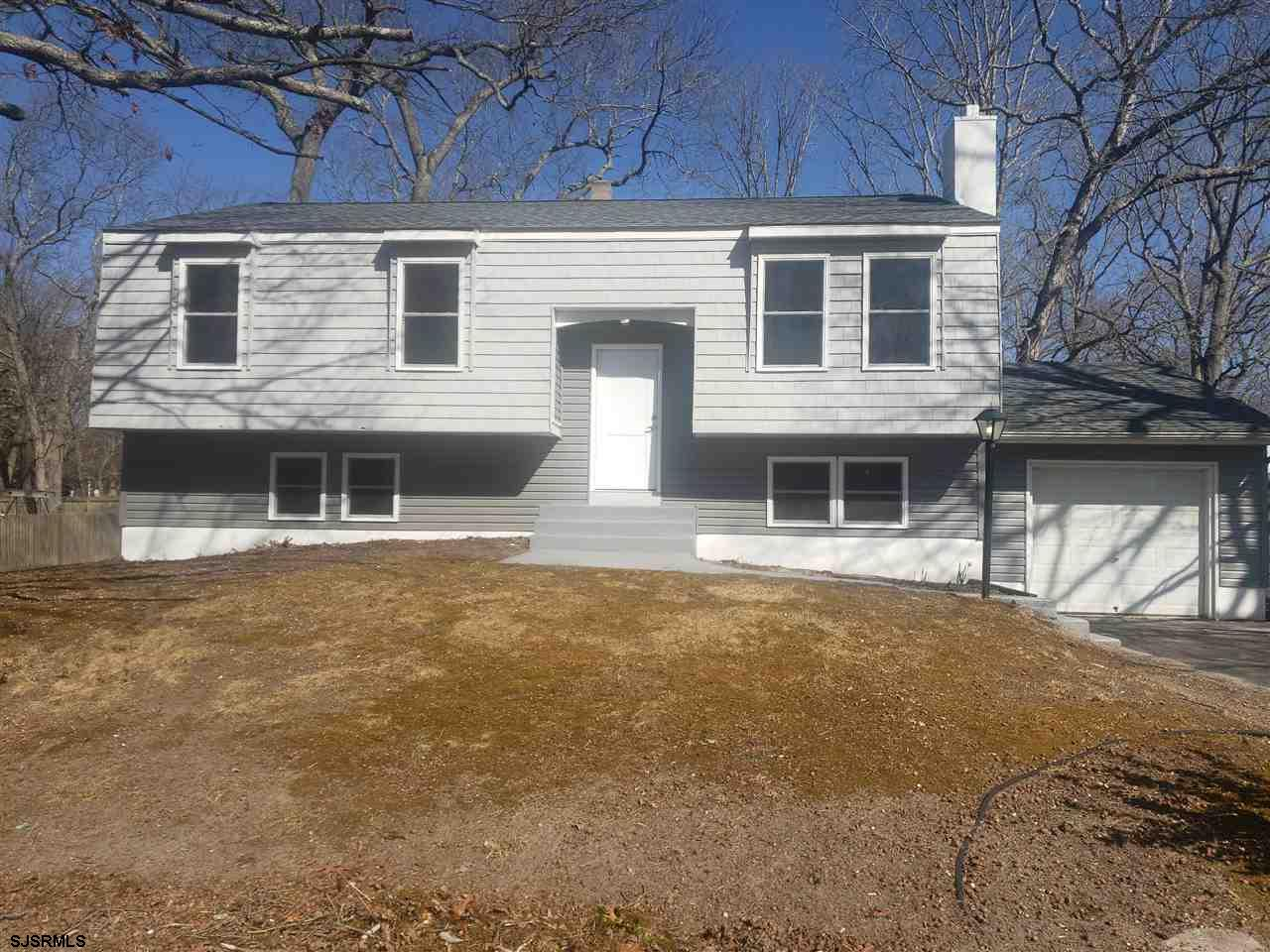 Beautiful Split Level Renovated in the Desired Area Of Harborwoods!!! Brand New Flooring, New Kitche