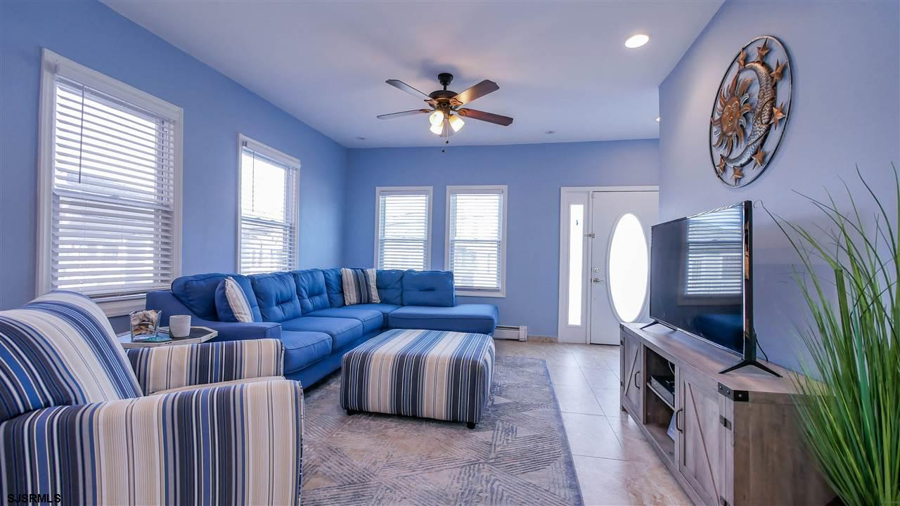 104 N Troy - Picture 5