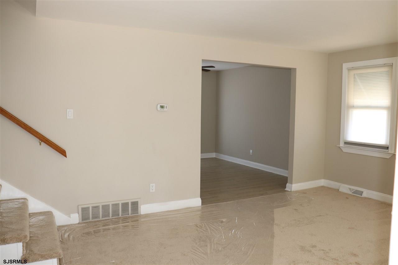 701 Maple Avenue - Picture 4