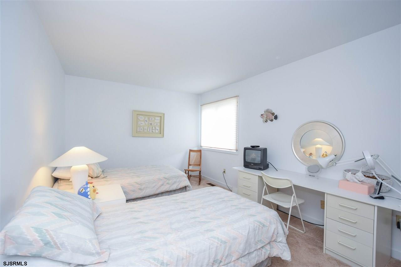 17 Bayside Ct - Picture 12