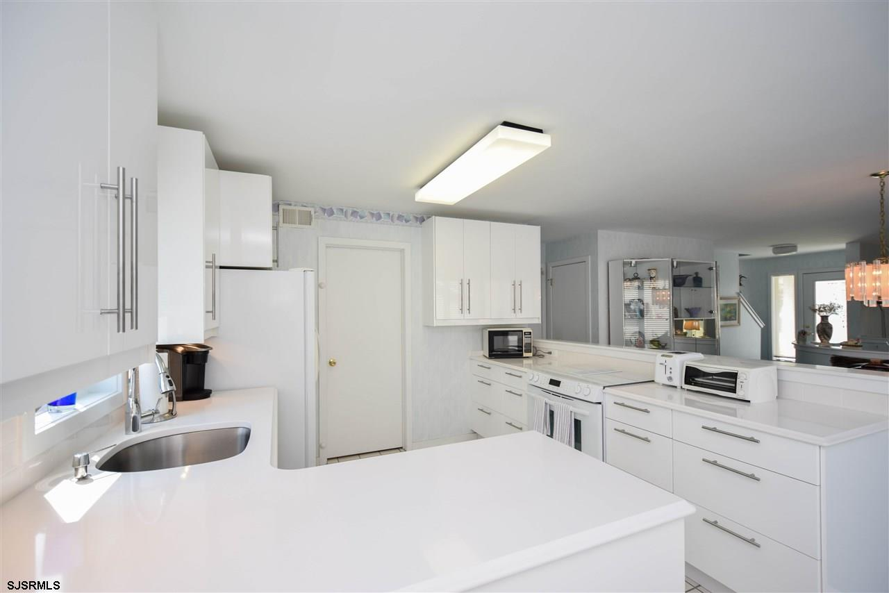 17 Bayside Ct - Picture 7