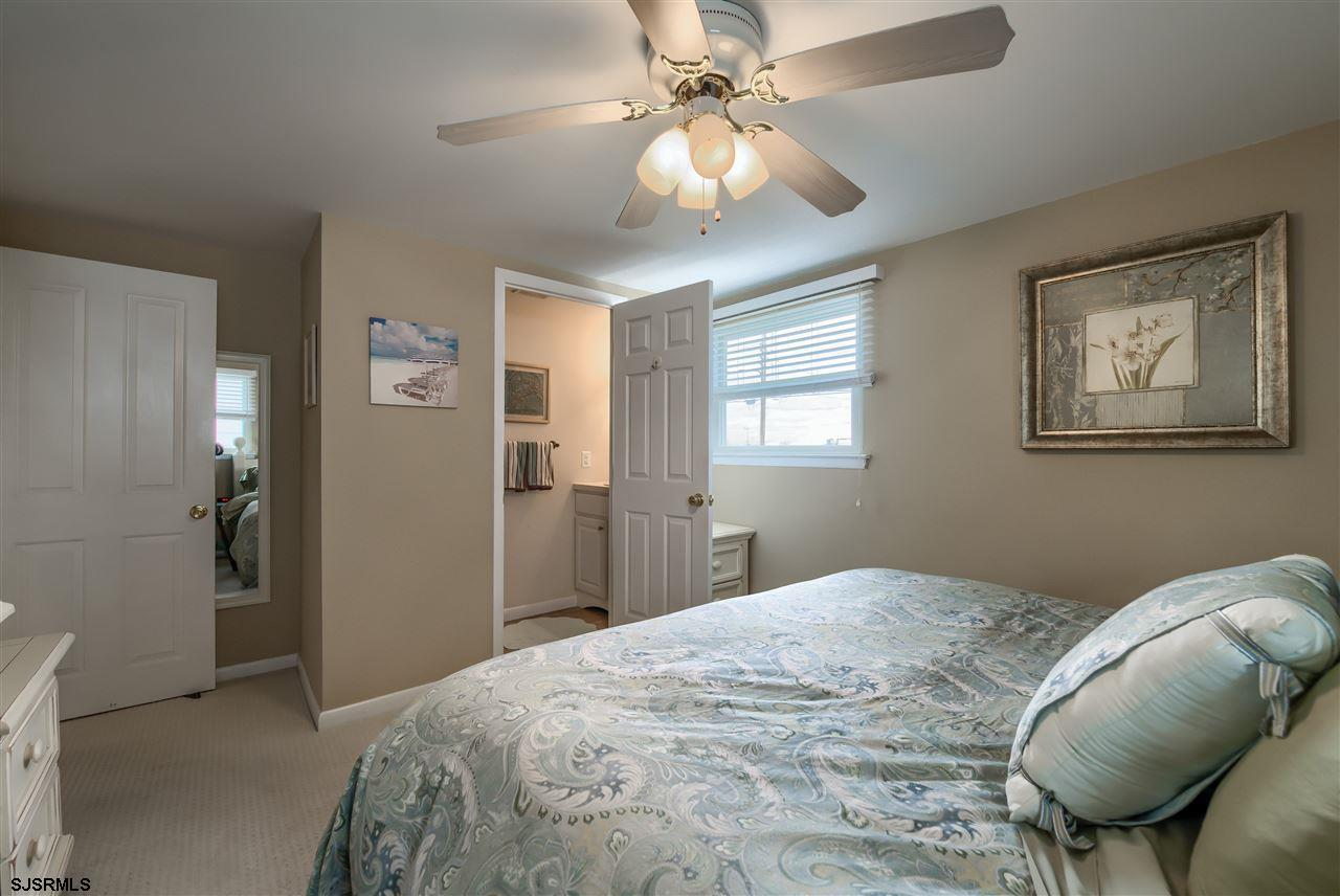 7402 Amherst Avenue - Picture 14