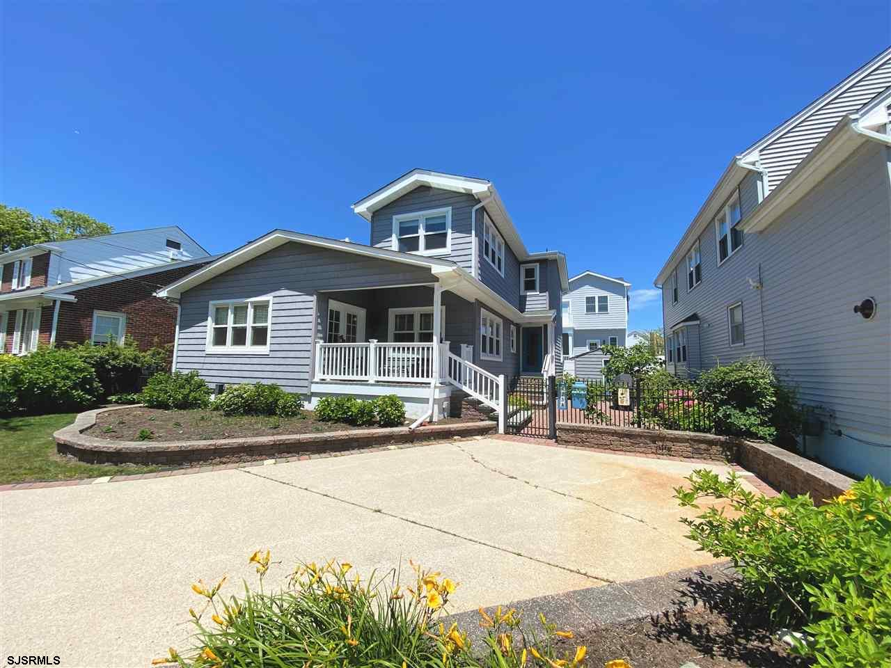 THE MUST-SEE PARKWAY BEAUTY!! RENOVATED from top to bottom! GORGEOUS four bedroom, three and a half