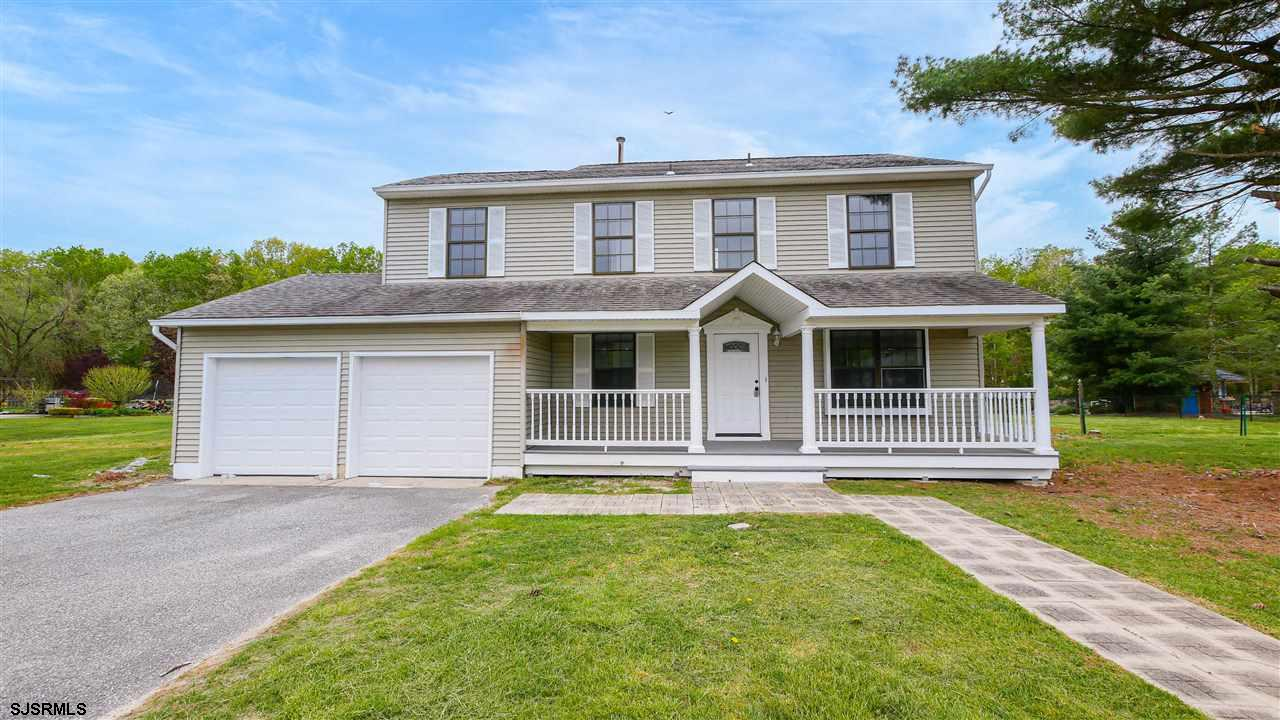 Welcome home to this spacious four bedroom,2 and a half bath 2 Story,  with all new stainless steel