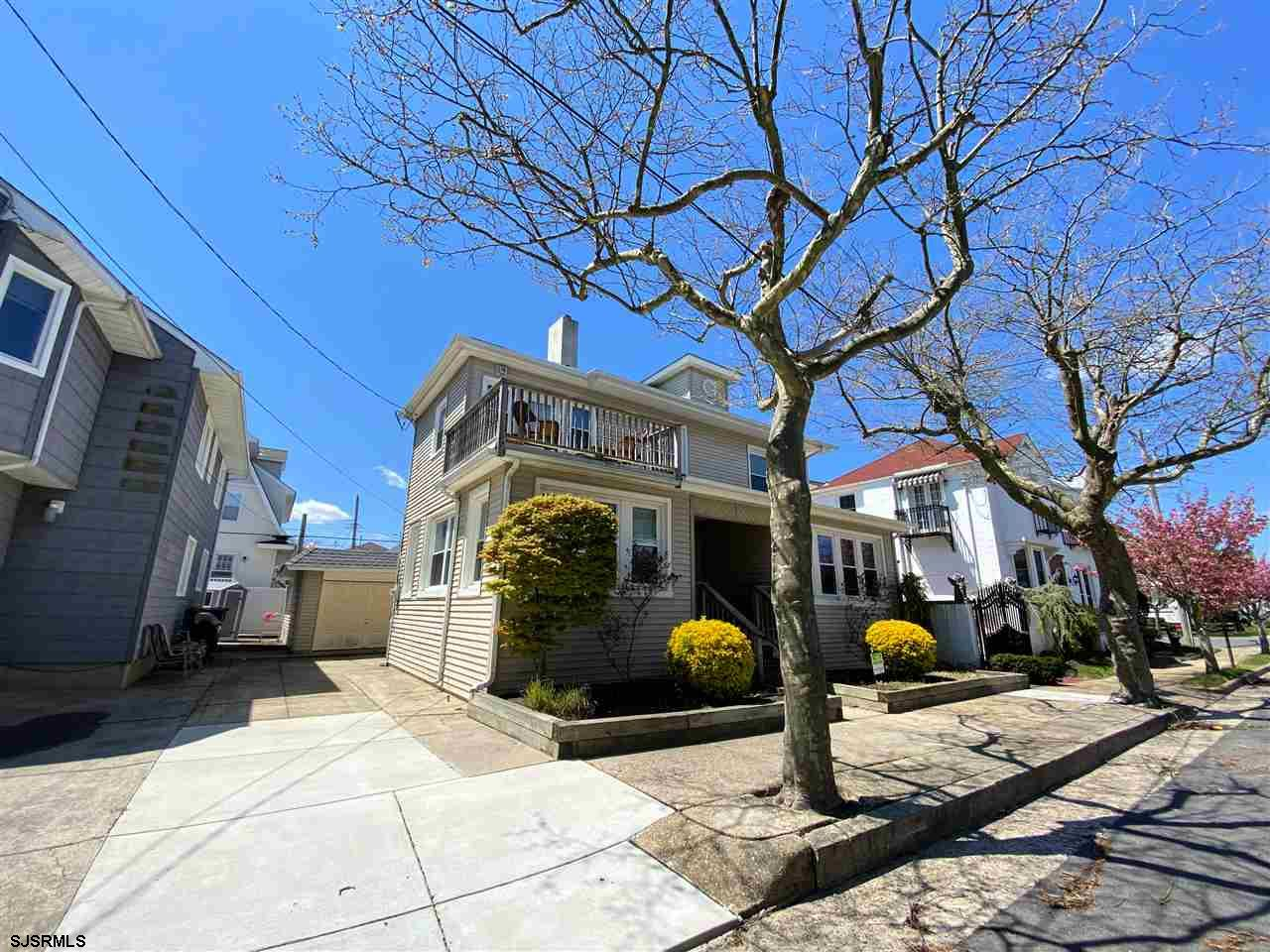 **NEW PRICE!** Fabulous SOUTHSIDE home on one of Ventnor's best streets! First floor features spacio
