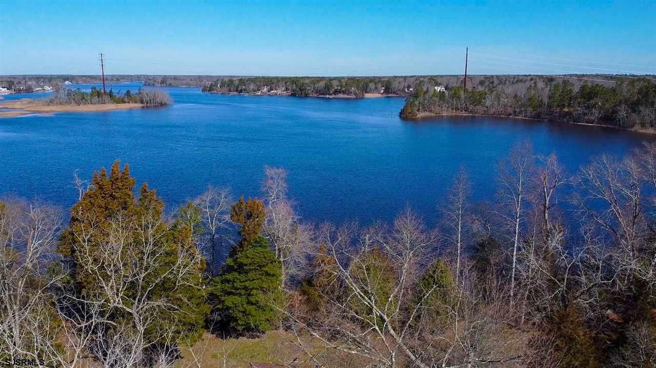 Wow….what a unique opportunity! This last tract of water front property, with acreage, Riparian Gran