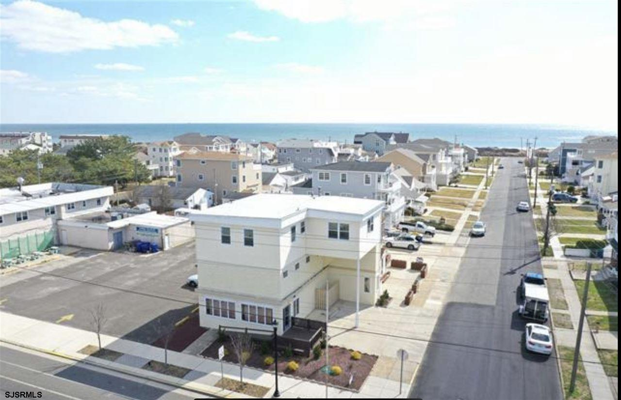 ***BRIGANTINE NEW LISTING ALER***BEACH BLOCK OF 1OTH ST SOUTH***RESIDENTIAL OR COMMERCIAL***  Unit r
