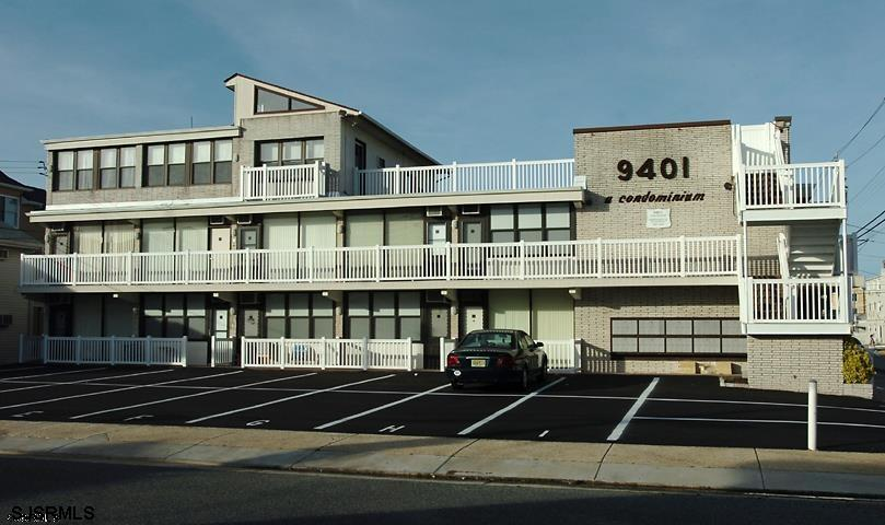 9401 Pacific Ave, Margate, NJ, 08402