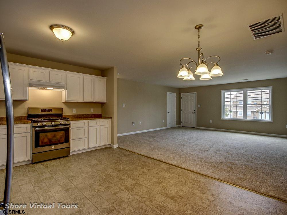 613 N Dudley Avenue - Picture 13