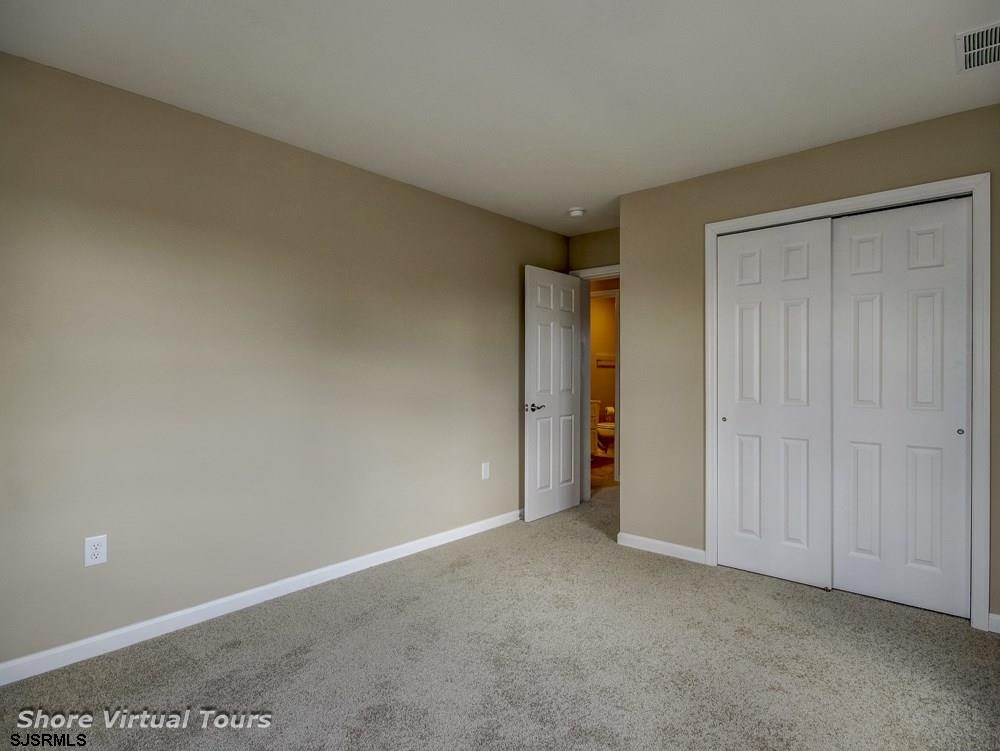 613 N Dudley Avenue - Picture 20