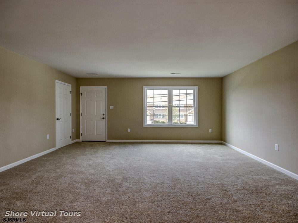 613 N Dudley Avenue - Picture 8