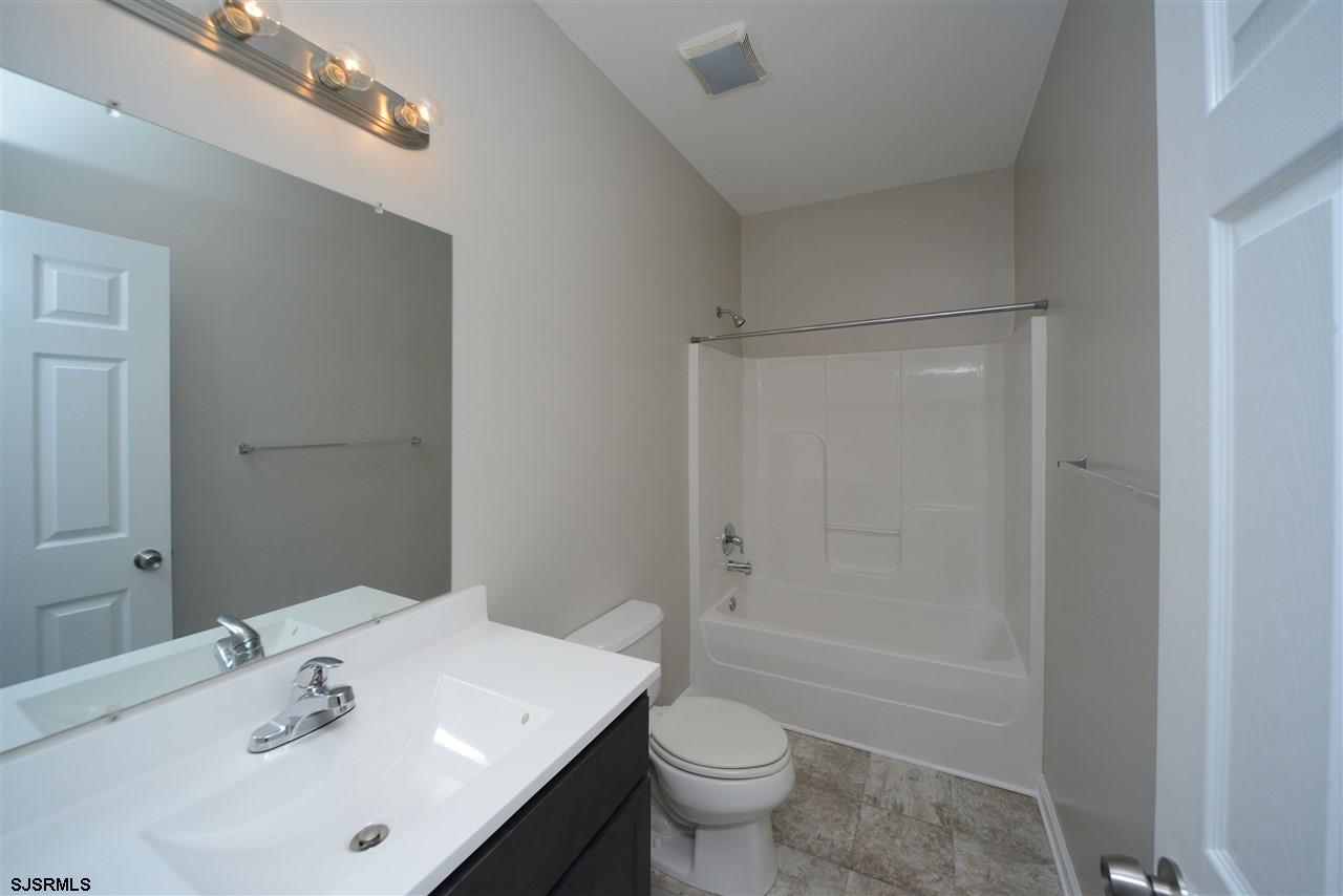 338 Meadows Dr - Picture 21