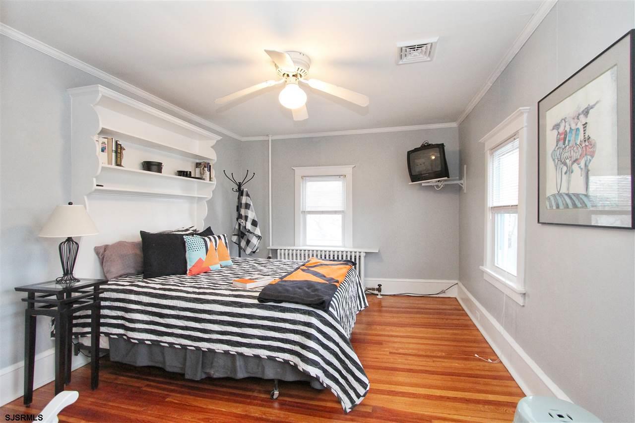 6804 Winchester Avenue - Picture 16