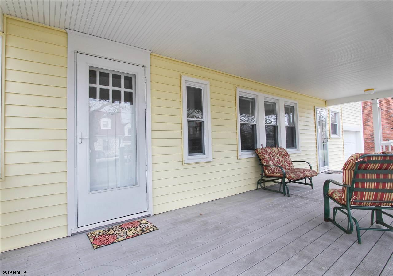6804 Winchester Avenue - Picture 3