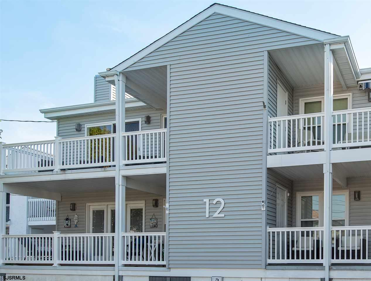 HARD TO COME BY ...THREE bedroom, TWO full bath condo in the heart of everything Margate! Easy to ch