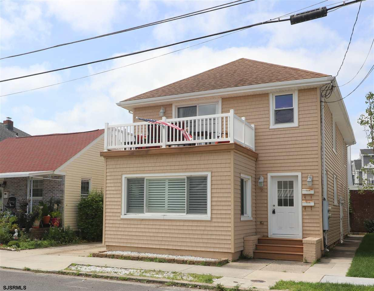 Start making memories in this beautiful 3BR, 2BA second floor Margate condo nicely updated throughou
