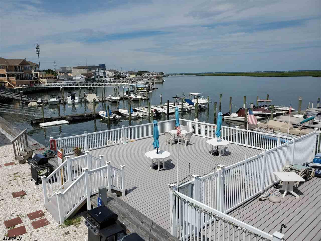 "Brigantine ""Bay Club"" 2nd floor studio unit with great water and sunset views! This cute unit comes"