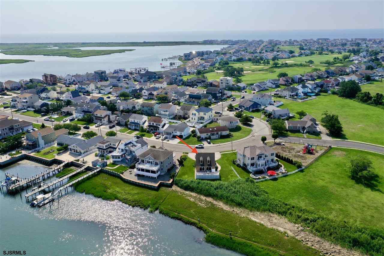 1513 E Shore Dr - Picture 4