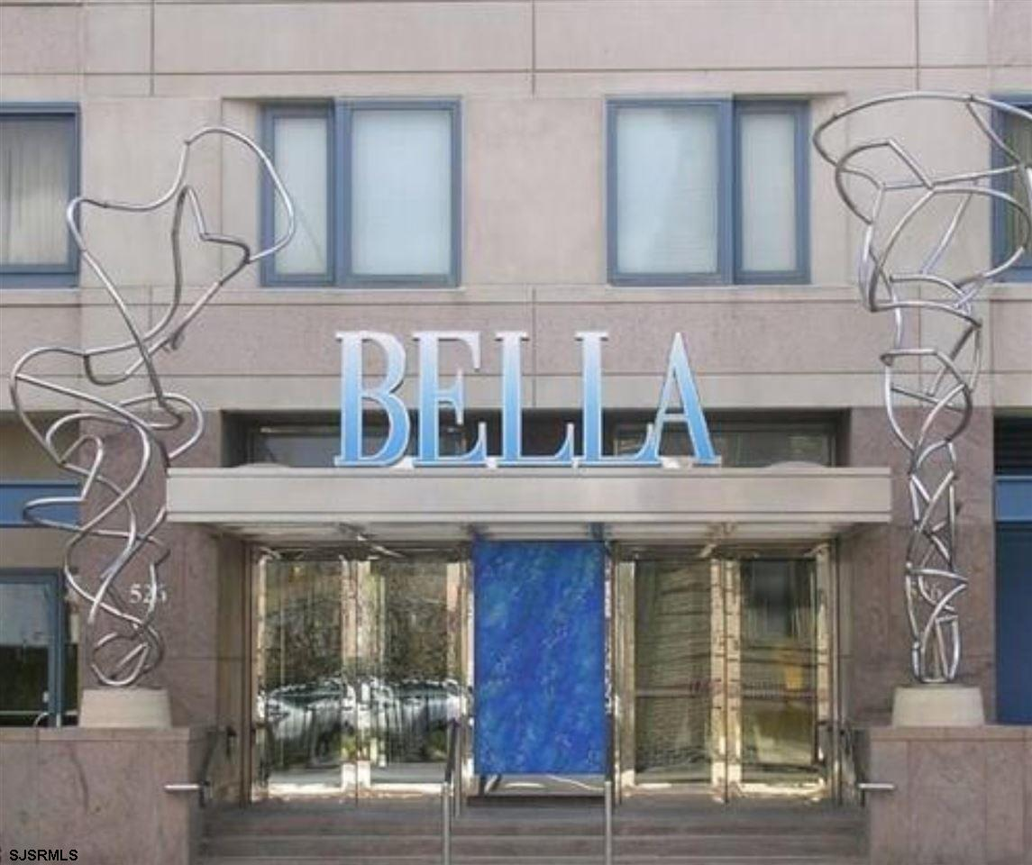 Welcome to Bella's 19th hole. A storied double oceanside unit encompassing nearly 2300 square feet o