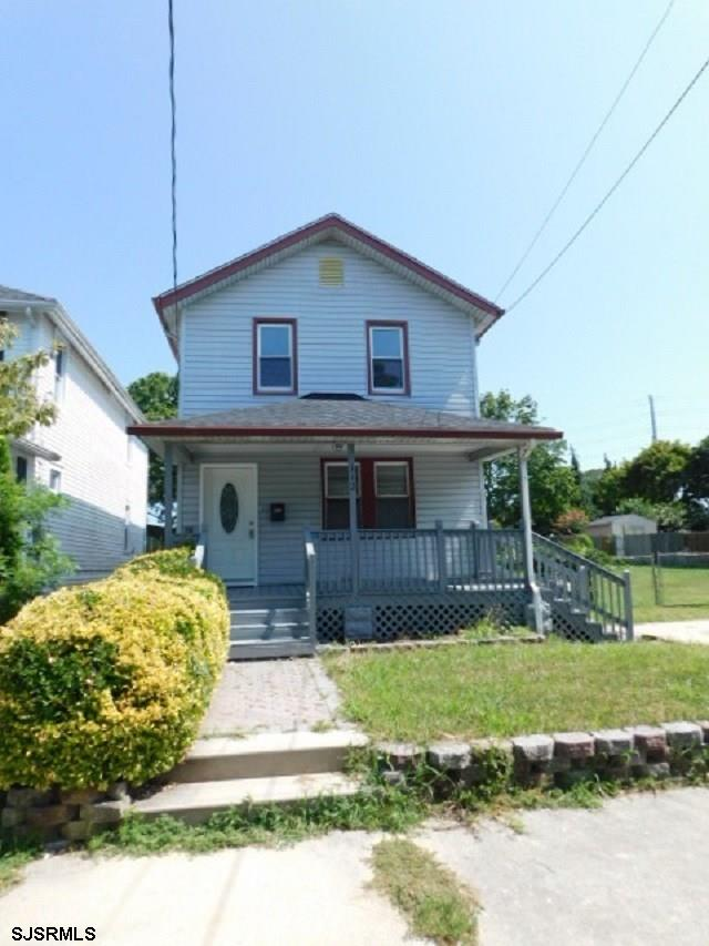 This is 3Br and 2 full Ba home is located on a well-established and quiet street in Pleasantville an