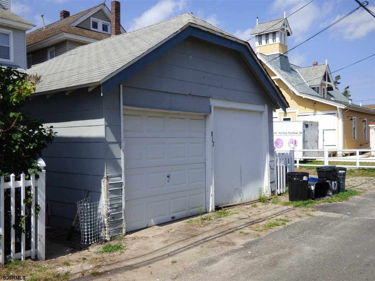 817 E 4th St Street - Picture 25