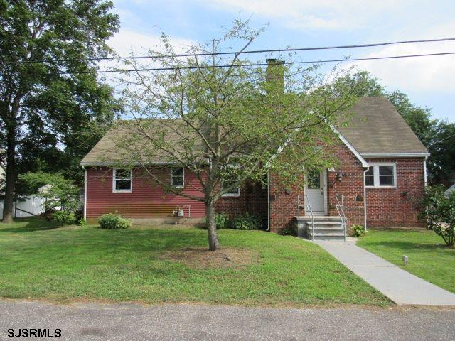 """Relist, Another knocking opportunity, to Own your own, HUD Home. Sold """"AS IS"""" by elec. bid only. Pro"""