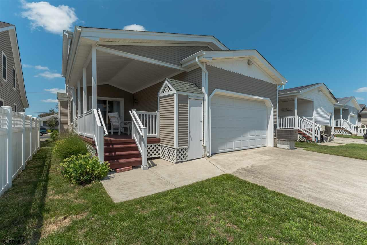 3025 Bay - Picture 25
