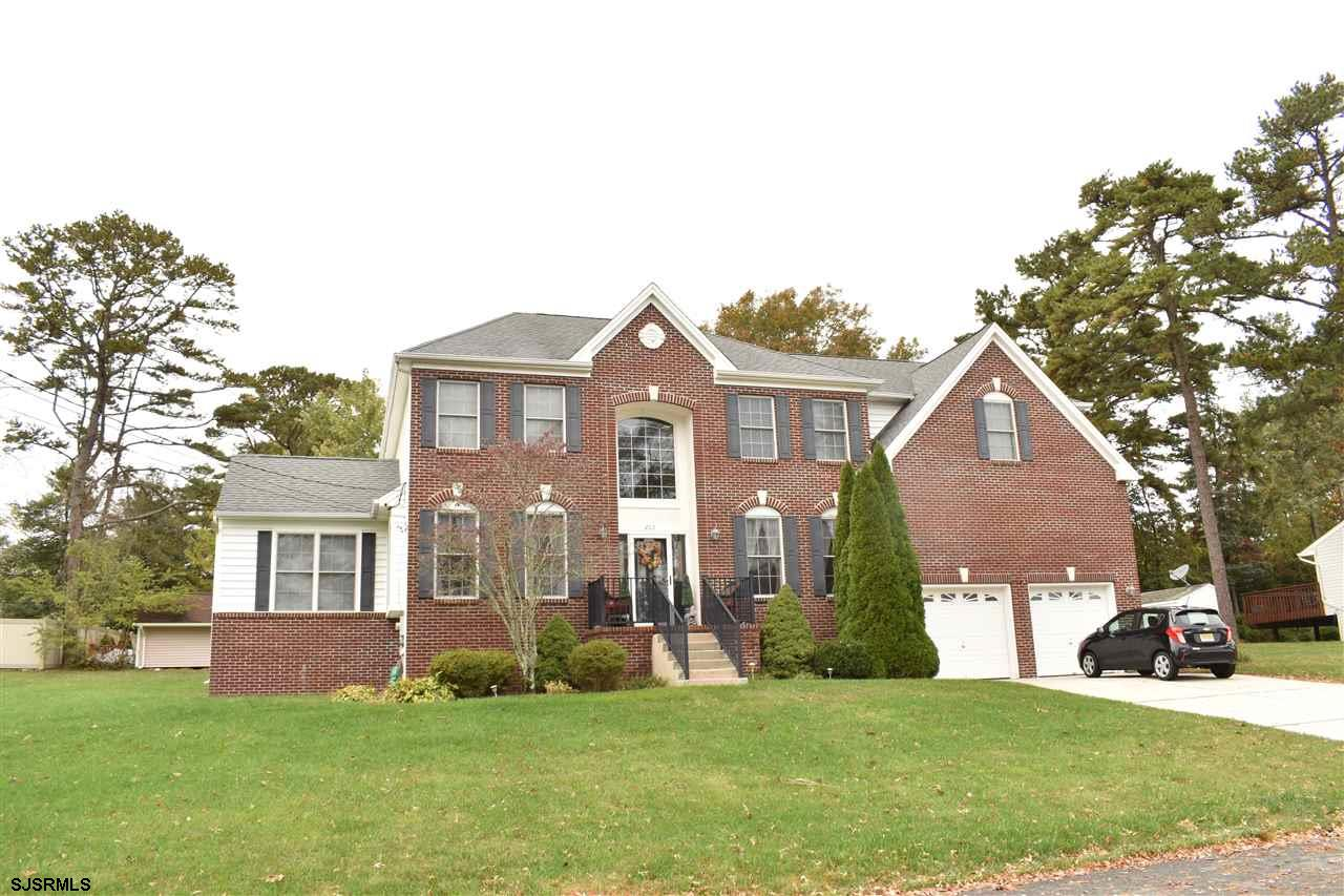 203 Cynwyd Dr - Picture 1