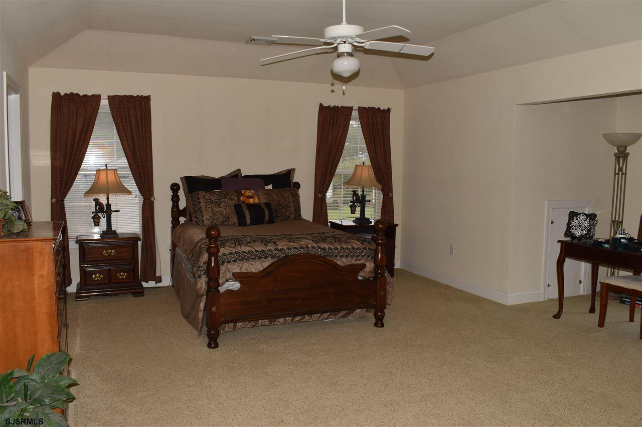 203 Cynwyd Dr - Picture 17