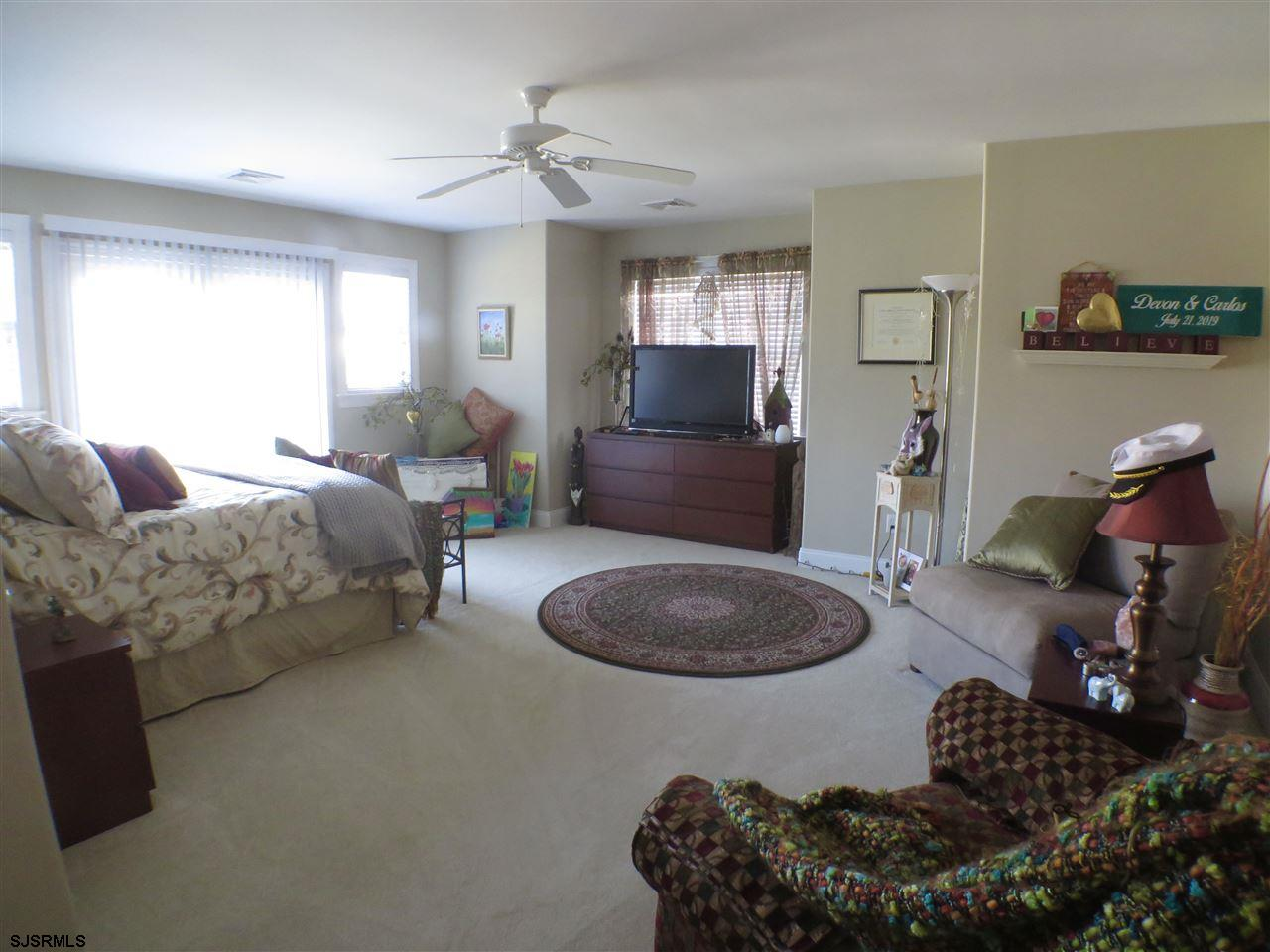 22 Queen Anne Ct - Picture 18