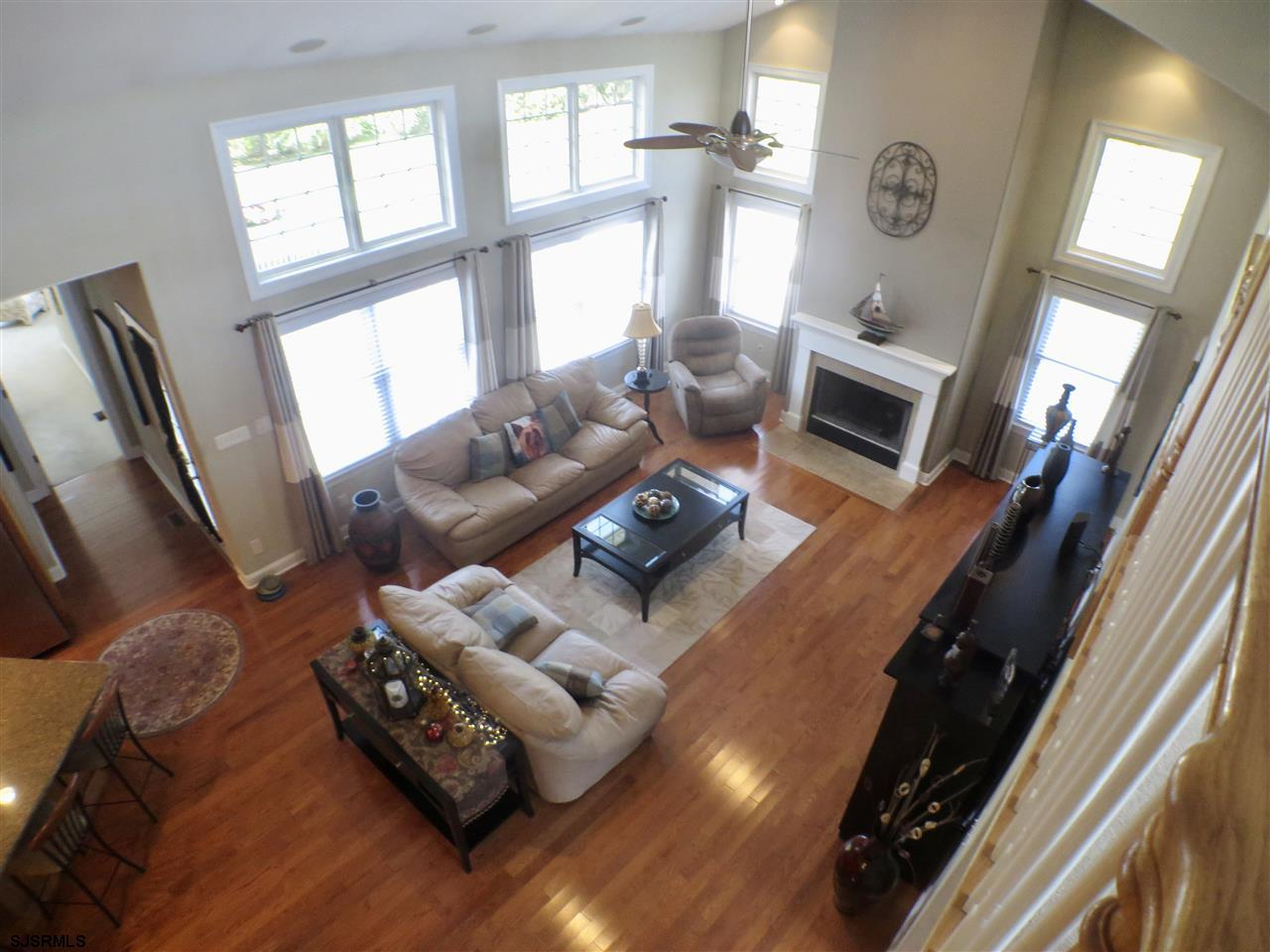 22 Queen Anne Ct - Picture 5
