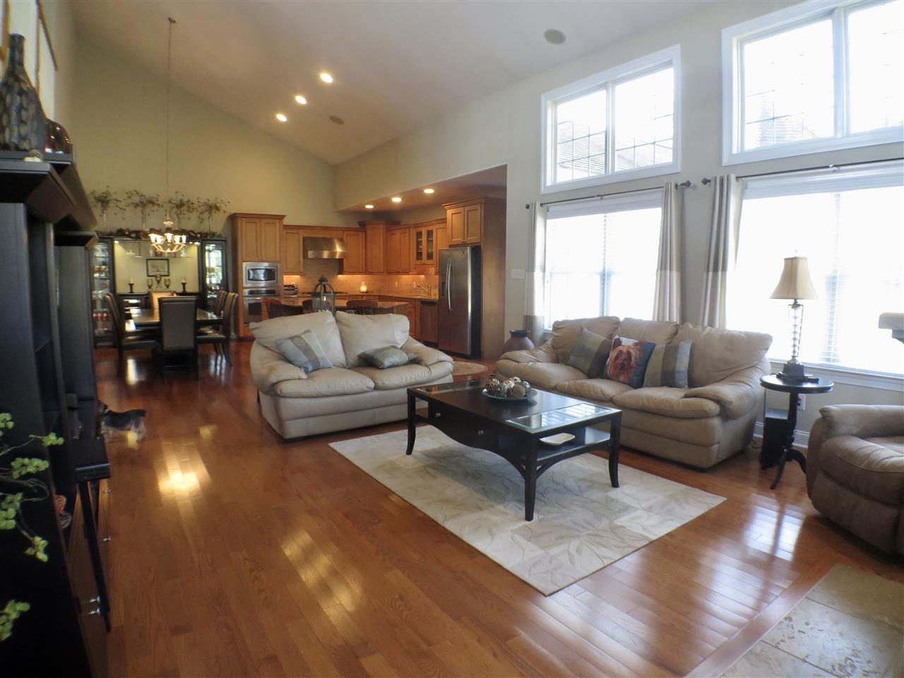 22 Queen Anne Ct - Picture 9
