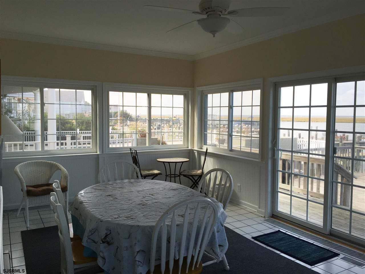 936 N Shore Dr - Picture 11