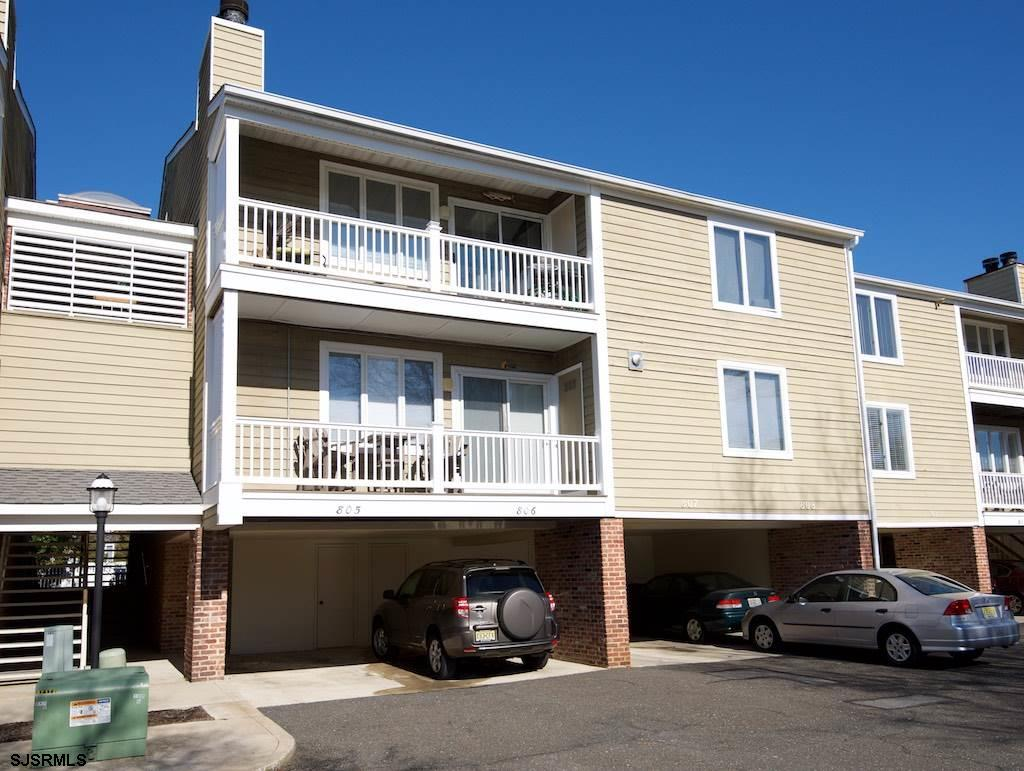 Harbour Cove - Beautifully and completely remodeled one bedroom unit - new sliders, heating system,
