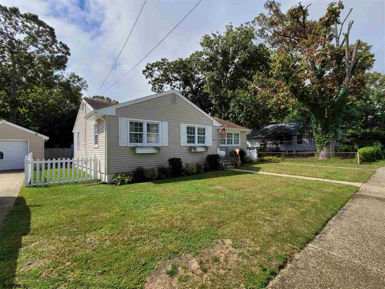 Gorgeous Northfield 3 bed 1 bath Ranch! New Furness and Central AC System. Beautiful Fully Renovated