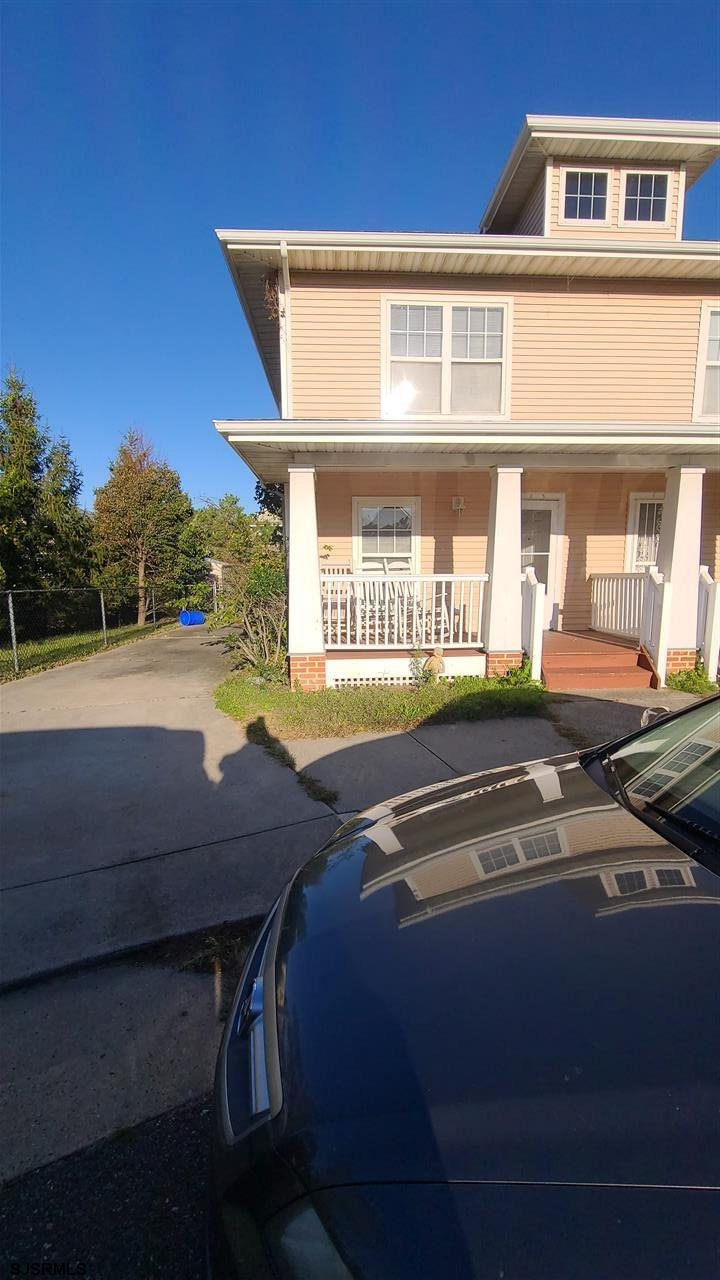 113 Chesapeake Bay Ct - Picture 2