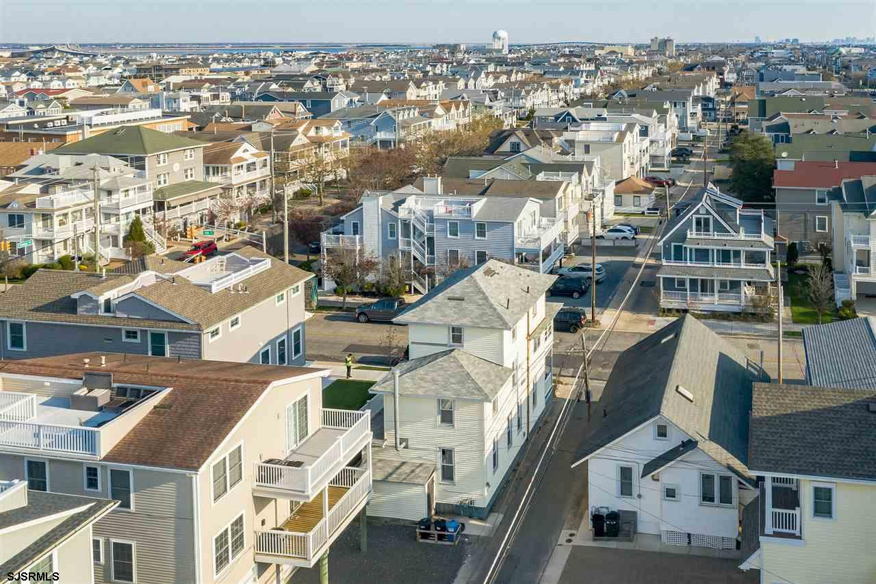 508 E 14th Street - Picture 12