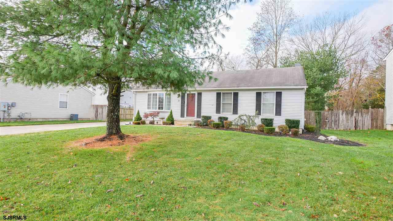Welcome to this charming ranch home in the heart of Egg Harbor Township. Set on a cul-de-sac and con