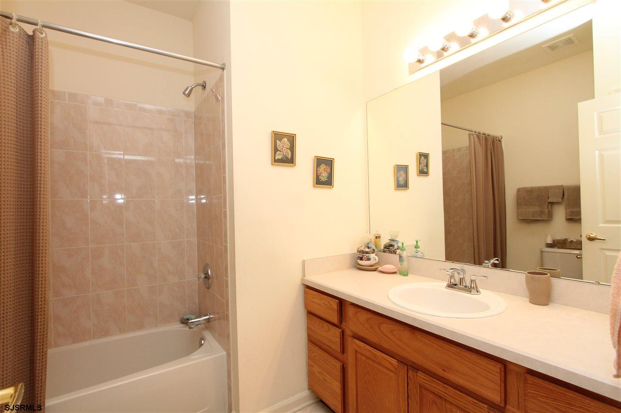 537 Chatham Way - Picture 16