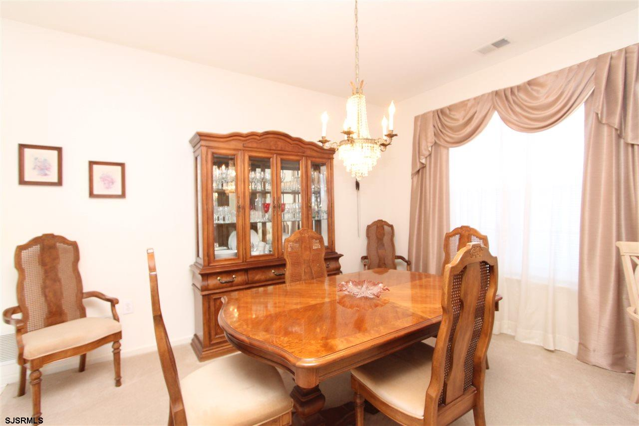 537 Chatham Way - Picture 3
