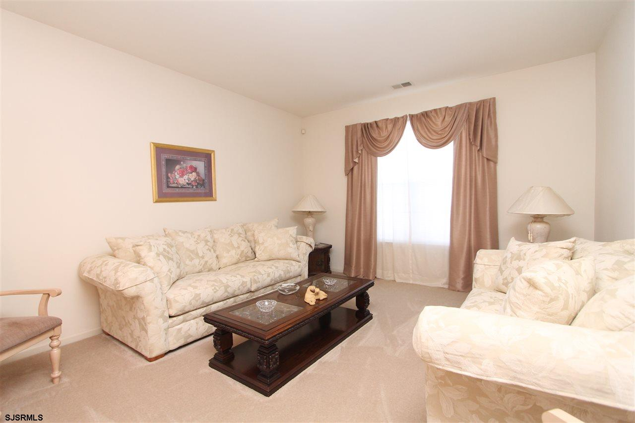 537 Chatham Way - Picture 4