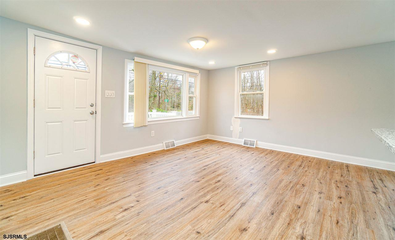 101 Sunset Road - Picture 13