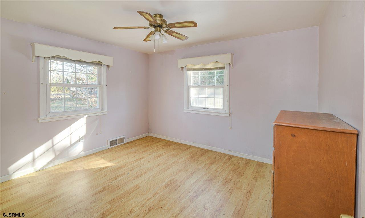 916 W White Horse Pike - Picture 2