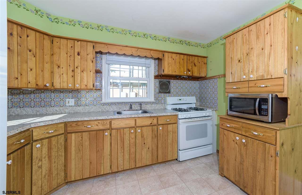 916 W White Horse Pike - Picture 11