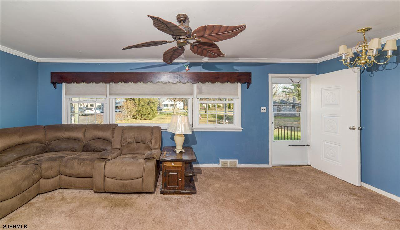 916 W White Horse Pike - Picture 8