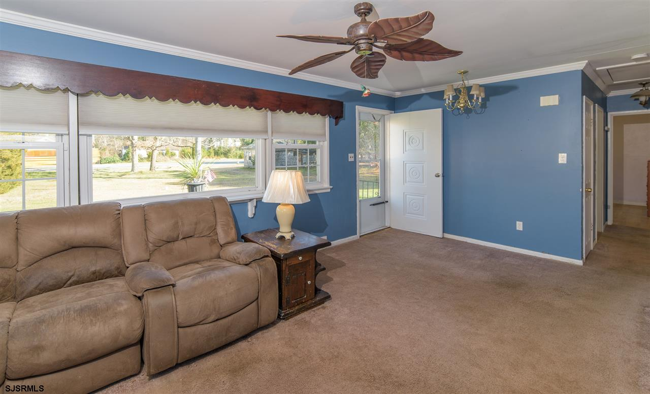 916 W White Horse Pike - Picture 9