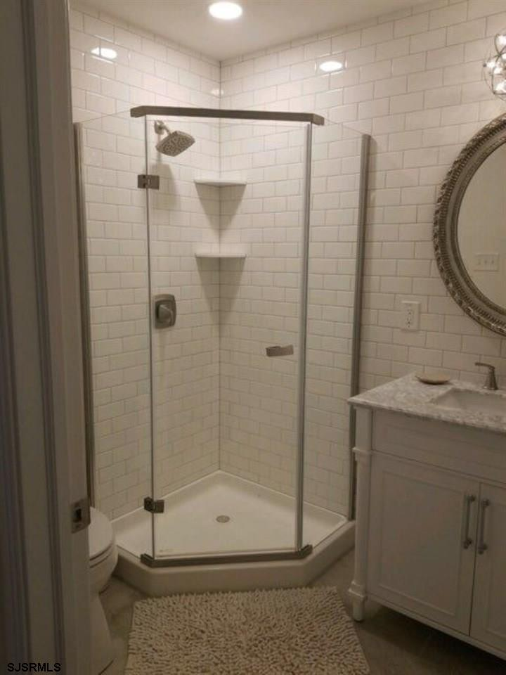 215 7th Street - Picture 11