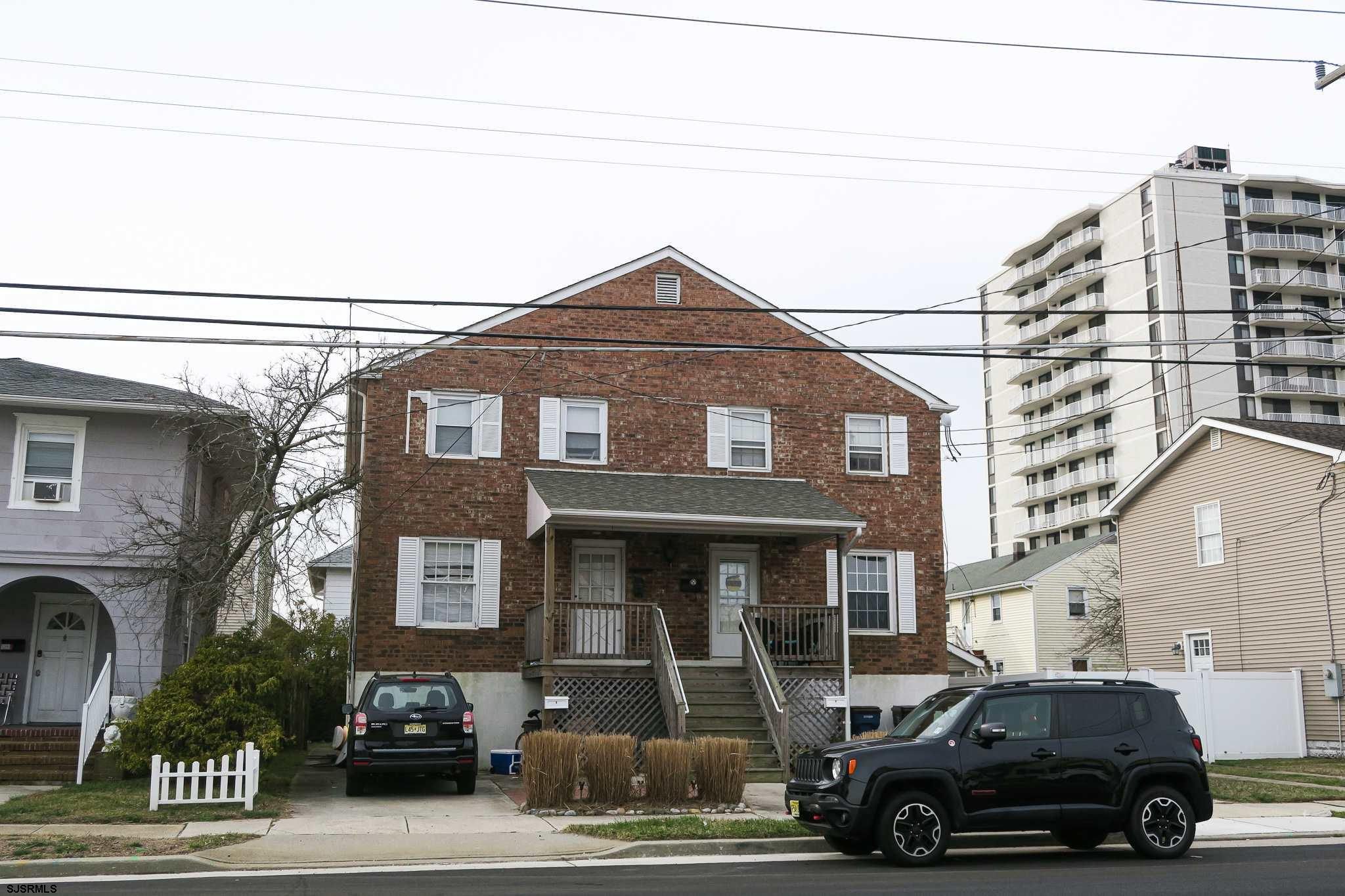 3 bedrooms, 1.5 bathrooms condo awaits at the shore. This property is located in Ventnor Heights jus