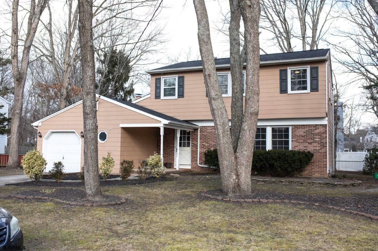 Welcome to your new home in the heart of the Absecon Estates!! Located in a wonderful, established n