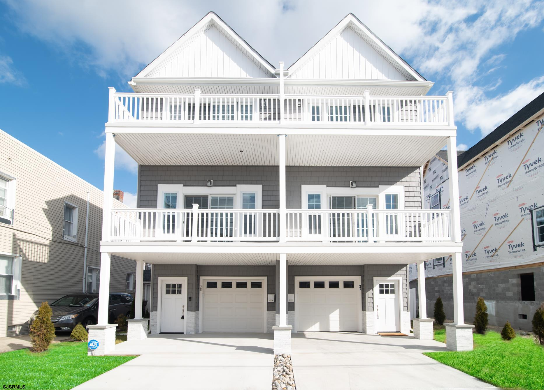 • New construction North Beach Townhouse with intercoastal water views! This beautiful townhome is j